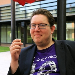 https://identity.joomla.org/images/profiles/7021_yves-hoppe.jpg